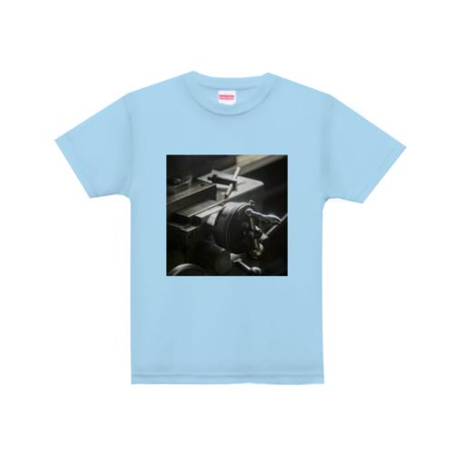 工場の写真をプリントしたオリジナルTシャツ