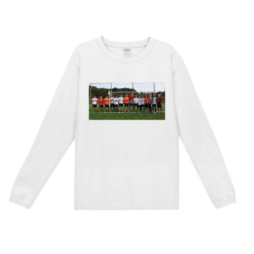 サッカーチームで撮った写真をプリントしたオリジナルTシャツ