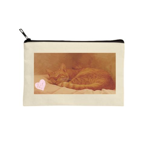 愛猫の寝ている写真をプリントしたオリジナルポーチ